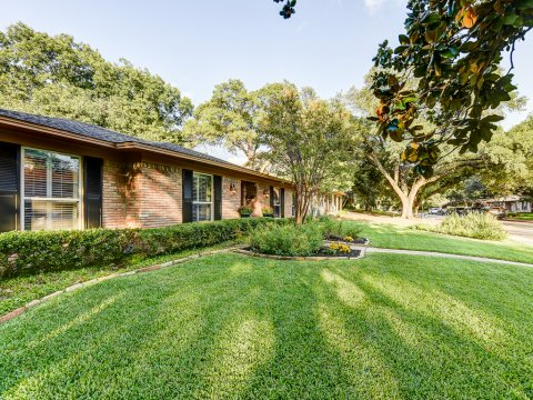 9363 Heatherdale Drive Dallas Texas 75243