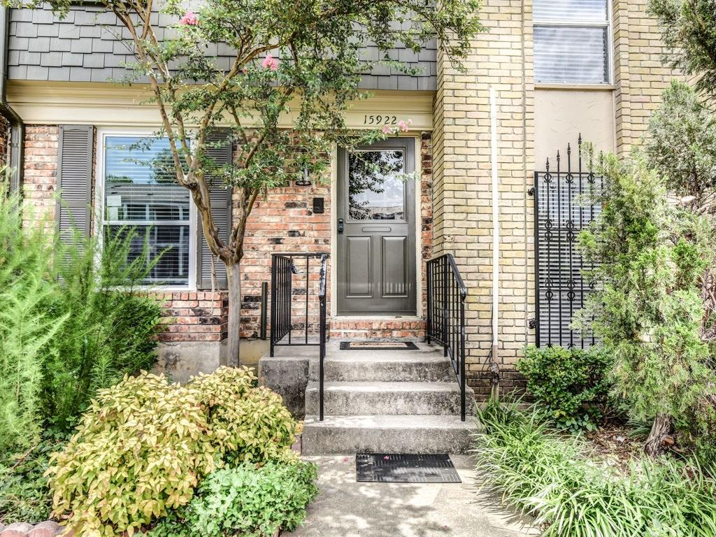 15922 Coolwood Drive Unit#1040