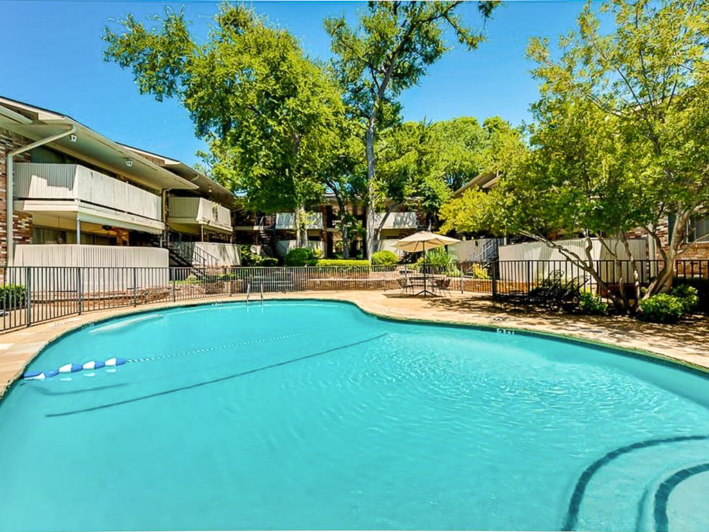 7832 Royal Lane #203 Dallas Texas 75230