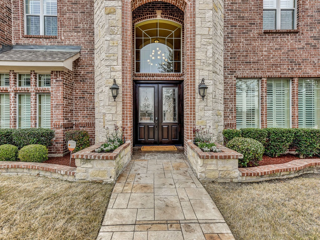 8825 Country Glen Crossing Plano Texas 75024